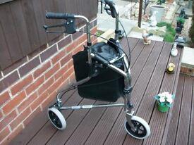 Roma 3 wheel walking aid