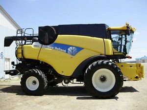 2008 New Holland CR9070 Combine London Ontario image 2