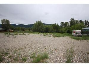 1800 Vernon St, Lumby BC - Easy Access and Great Exposure!