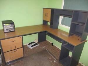 Computer study desk Crestmead Logan Area Preview
