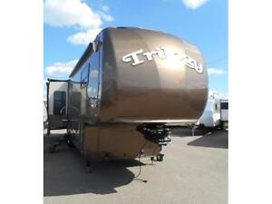 2013 TRILOGY 2850 D3 LUXURY FIFTH WHEEL Edmonton Edmonton Area image 1