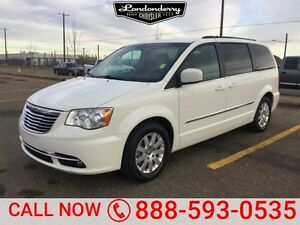 2013 Chrysler Town & Country TOURING STOW&GO Accident Free,  Bac