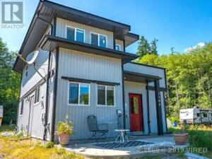 1185 5TH AVE UCLUELET, British Columbia