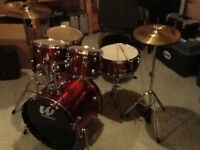 $500 - Drums Set - Mint condition - Make me an offer