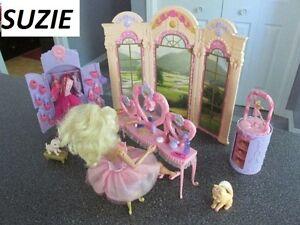 Barbie Ballerine et son Élève + Paravant Coiffeuse Armoire et+++