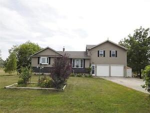 1/2 acre property located 10 min from Listowel, 30 from Waterloo Kitchener / Waterloo Kitchener Area image 1