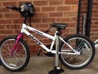 Kids bike girls-Huffy 20 Inch Bike with helmet and cycle pump