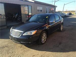 2012 Chrysler 200 Limited***NAVI***LEATHER**FULLY LOADED** London Ontario image 4