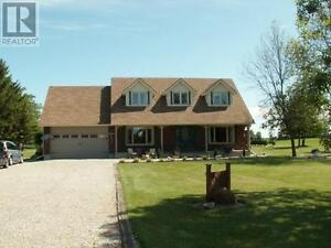 awesome Counrty home for the growing family 25 mins from Sarnia