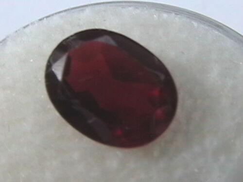 Faceted loose natural Garnet 7x9 mm oval cut 2.25 ct Reiki