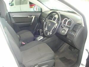 2008 Holden Captiva White Automatic Sportswagon Eight Mile Plains Brisbane South West Preview