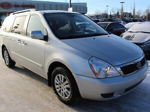 2012 Kia Sedona Bluetooth, Heated Seats, Rear Back up Sensors