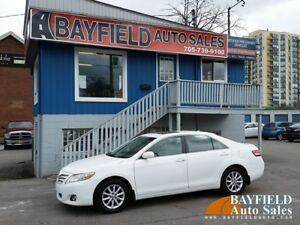 2011 Toyota Camry XLE **Leather/Sunroof/Only 137k**