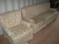 CLEAN MATCHING SOFA & CHAIR SET IN GOOD SHAPE - DELIVERY AVAILAB