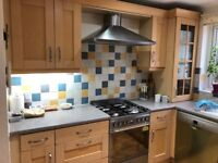 Selling kitchen units various sizes with all fittings