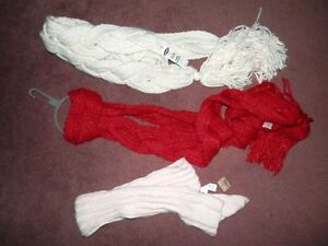 Lot of 7 new hats and scarves