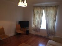 Lovely 3 Bed House with 2 Receptions To Let in Becontree Rent £1600