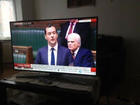 """40"""" samsung full hd LED television, unwanted xmas present as too big for room corner"""