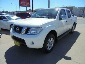 2012 Nissan Navara D40 S5 MY12 ST-X 550 White 7 Speed Sports Automatic 4D Utility