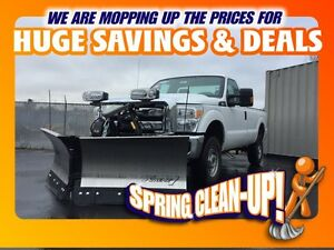2015 Ford F-250 XL w/4X4/SD/REG CAB (PRICE INCLUDES NEW PLOW!!)