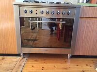 Indesit 5 Ring range cooker