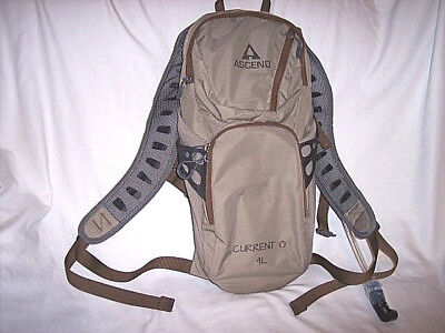 Ascend Current 4L Hydration Pack Camelbak Back Pack Camping Hiking Water Canteen