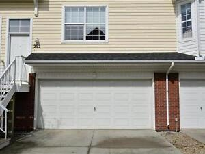 TOWNHOME | WITH DOUBLE OVERSIZED GARAGE