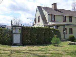 Jumelé Style vieux Quebec (prix imbattable) Saguenay Saguenay-Lac-Saint-Jean image 2