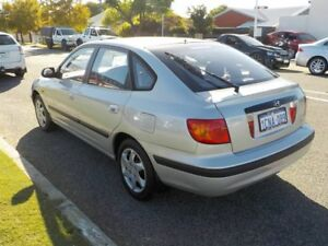 2002 Hyundai Elantra XD GL Silver 4 Speed Automatic Hatchback
