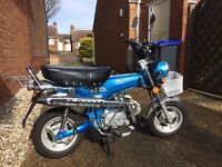 125 cc motor cycle, condition as new 285 miles only 100 mpg £17 per year road tax. Easy to ride.