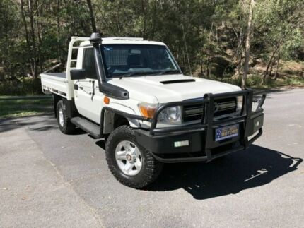 2014 Toyota Landcruiser VDJ79R GXL SINGLE CAB White Manual Cab Chassis Springwood Logan Area Preview