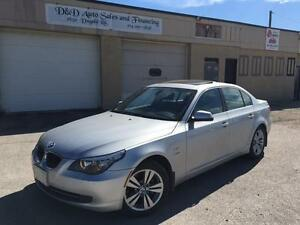 2010 BMW 5 Series 528i xDrive-AWD-LOADED-LEATHER-ALLOYS