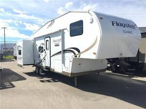 2012 FLAGSTAFF BUNK FIFTH WHEEL