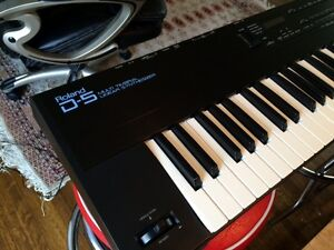 Roland D5 Multi-timbral Linear Synthesizer Kitchener / Waterloo Kitchener Area image 4