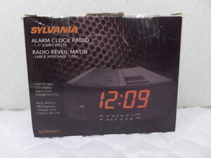 SYLVANIA ALARM CLOCK RADIO - ON SALE...$$$ 20