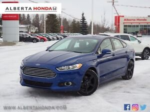 2016 Ford Fusion SE. Low Kms. Power Seats. Clean Carproof