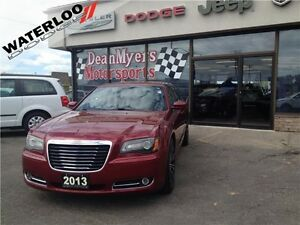 2013 Chrysler 300 SPORT**LEATHER**ROOF