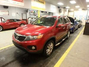 2011 Kia Sorento - with leather and sunroof EX