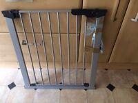 Metal stair gate