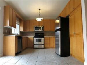 Rutherford / Dufferin  4 beds Detached