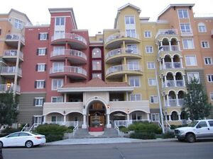 VENETIAN 1BED PLUS DEN CONDO DOWNTOWN - AVAILABLE IMMEDIATELY