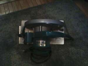 MAKITA SKILL SAW / OLD SCHOOL AND IN GREAT SHAPE