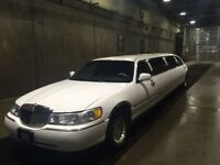 Limousine Service Best Price Guaranteed.  Beautiful Limo