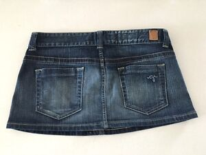 jupes et shorts en jeans Guess et Parasuco - skirts and shorts