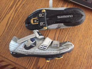 Shimano Cycling shoes / soulier de velo shimano