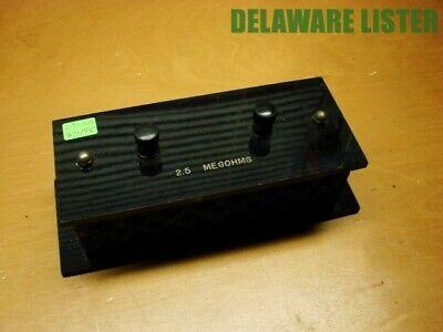 Vintage Electronic Electrical 2.5 Megohms Box Divider Stunt Tester Unit