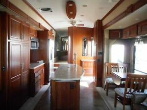 2013 TRILOGY 2850 D3 LUXURY FIFTH WHEEL Edmonton Edmonton Area image 7