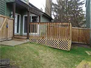 CONDO, 1900 SQ bungalow South West Edmonton, deck, yard
