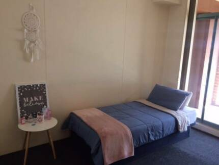 Short term - 1 bed in Pyrmont