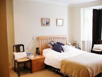 AVAILABLE 2 BEDS FLAT SHORT WALK TO PUTNEY STATION AND EAST PUTNEY!!!
